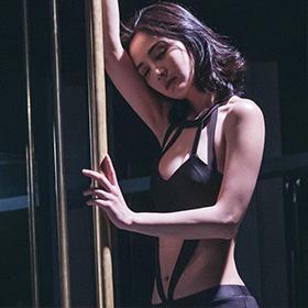 钢管舞减肥操肌烧脂劲!蔡卓妍等女星苦练钢管舞展现性感女性美