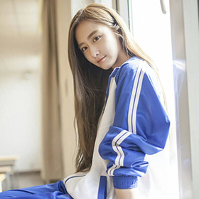 这次真的要入手!一条时髦的中国校服裤解决你整个春夏所有的搭配