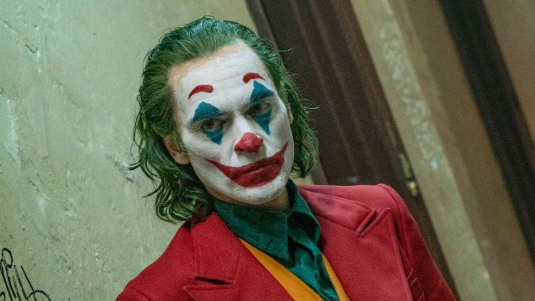 【奥斯卡2020】影帝Joaquin Phoenix哽咽谢亡兄,原来小丑真实身世比电影更悲惨!